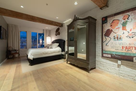 downtown vancouver loft ny style 6
