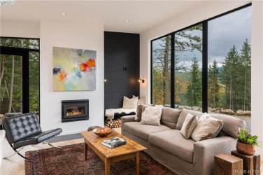 modern luxury salt spring island home for sale 10