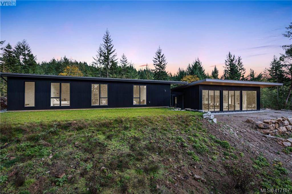 modern luxury salt spring island home for sale 3