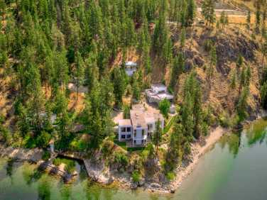 okanagan lakefront home for sale 7