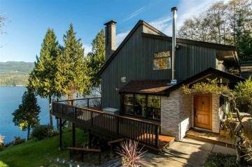 luxury oceanfront sechelt family home for sale 1
