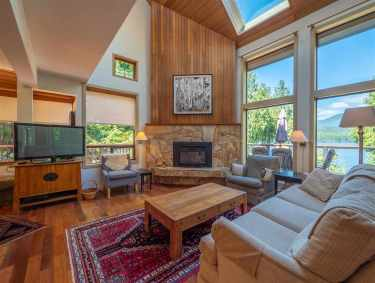 luxury oceanfront sechelt family home for sale 3