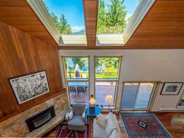luxury oceanfront sechelt family home for sale 4