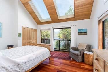luxury oceanfront sechelt family home for sale 6