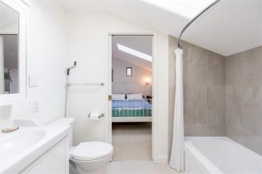 luxury oceanfront sechelt family home for sale 7