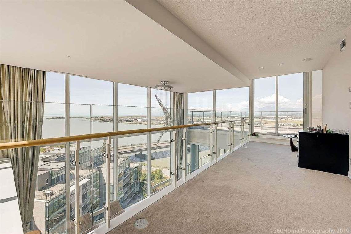2 Level River Green Luxury Condo In Richmond BC 1