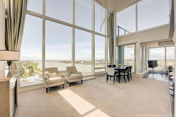 2 Level River Green Luxury Condo In Richmond BC 4