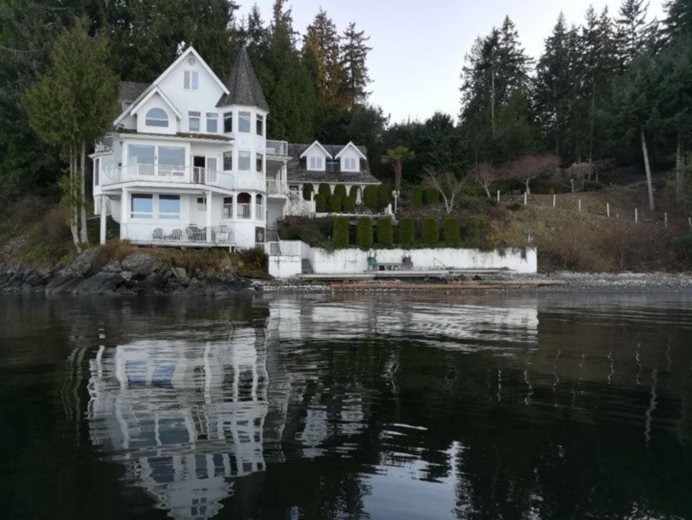 castle by the sea chemainus vancouver island 1