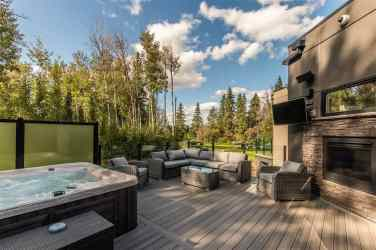 Modern Masterpiece On The Edmonton Petroleum Golf & Country Club 9