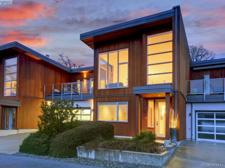 Rainbow Hill Contemporary Townhouse In Victoria 1