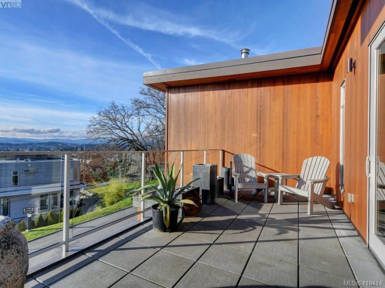 Rainbow Hill Contemporary Townhouse In Victoria 9